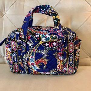 New Vera Bradley 100 handbag